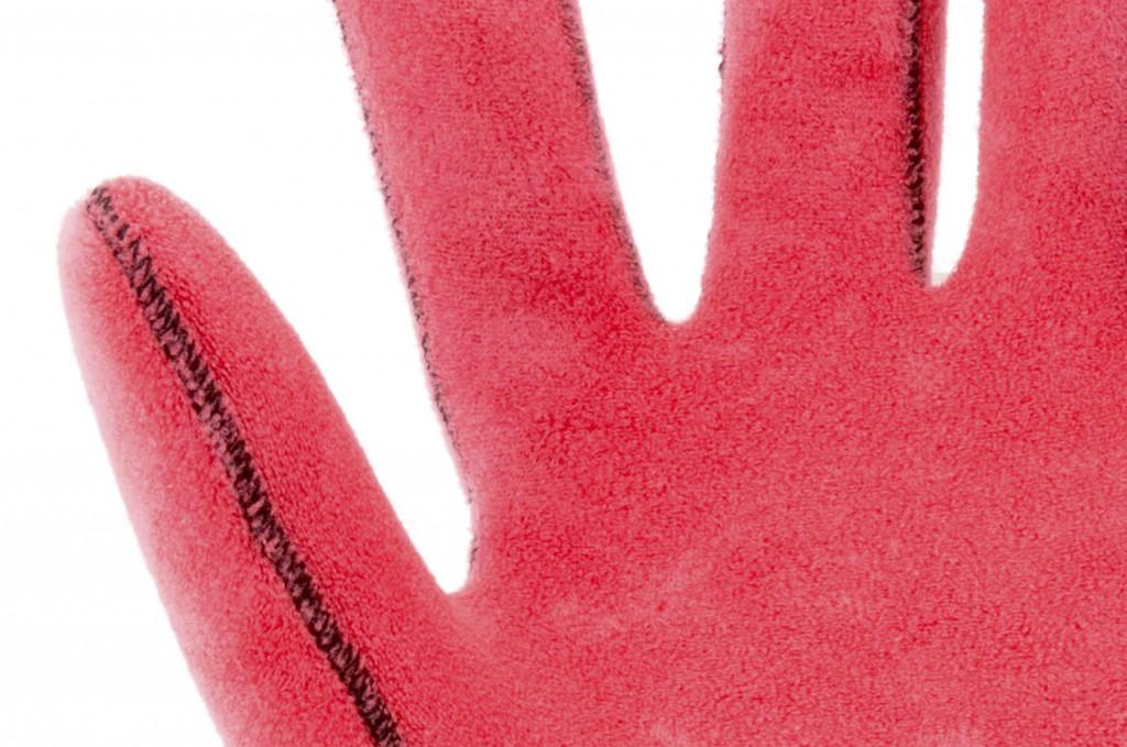 glove1-3-1024x679